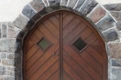 Renovationsarbeiten am Eingang zur Sägendobelkapelle